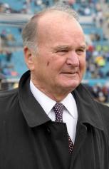 W. Weaver (US Presswire)