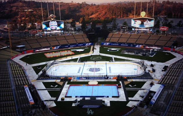 Dodger Stadium is set for Saturday. (@LAKings)