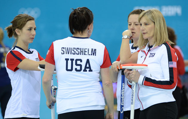 The American team discusses strategy. (USATSI)