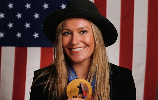 Anderson shows off her gold medal from Sochi. (Getty Images)