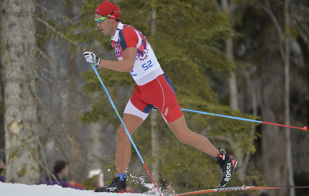 Chris Jespersen's unusual attire for cross-country skiing. (Getty Images)