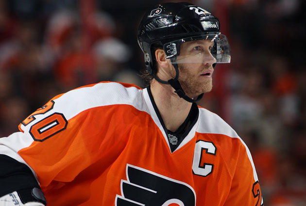 Pronger didn't wear a visor until after he took a stick to the eyes. (Getty Images)