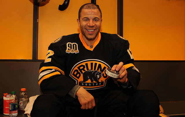 Jarome Iginla keeps racking up the milestones in Boston. (Getty Images)