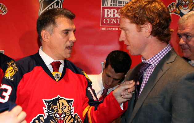 Vincent Viola talks with Brian Campbell. (Getty Images)
