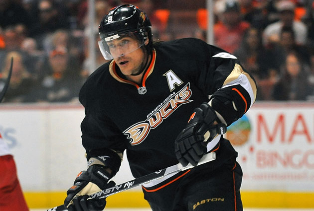 Selanne will take his time before deciding if he'll return to Anaheim. (USATSI)