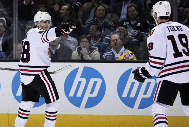 Chicago is going to reunite Jonathan Toews and Patrick Kane for Game 4. (USATSI)