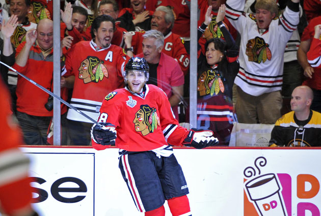 Patrick Kane gives Chicago all the offense it needs in Game 5 with two goals. (USATSI)
