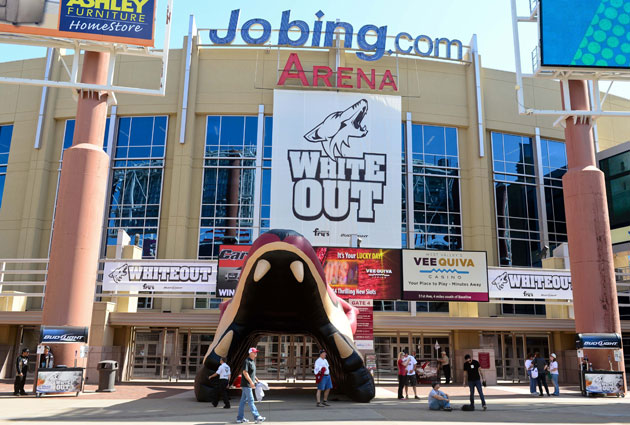 Reaching a lease for the Coyotes at Jobing.com Arena has proven difficult. (USATSI)