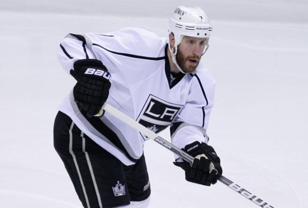Rob Scuderi is heading back to Pittsburgh after time in LA. (USATSI)