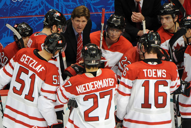 Mike Babcock barks out instructions during the 2010 Games in Vancouver. (USATSI)