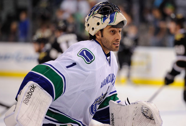 Luongo had a 2.56 GAA, .907 save percentage last season. (USATSI)