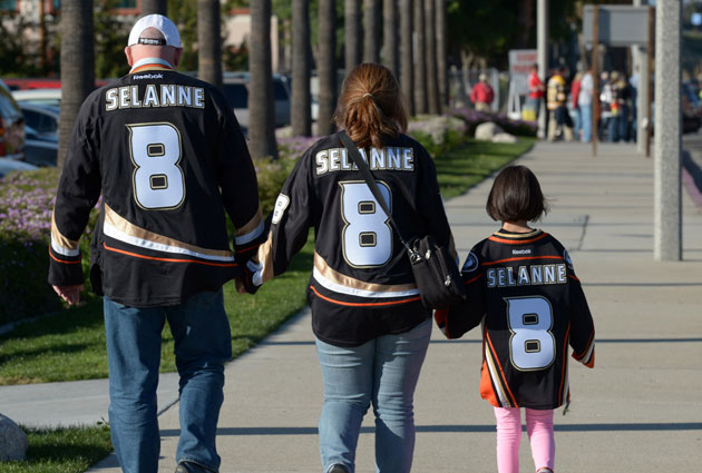 Teemu's legion of fans caused Eetu to miss his camp invitation by a whole year. (USATSI)