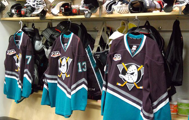 The dressing room in Anaheim before Sunday s retro game. (Ducks.nhl.com 6bac84bda
