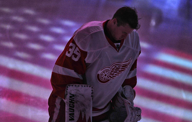 Howard has a .910 save percentage this season in 21 games. (Getty Images)