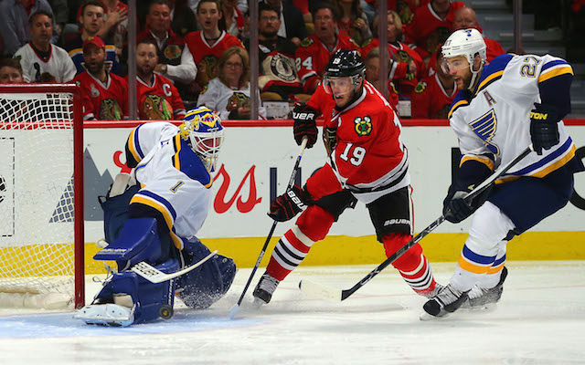 Blues_blackhawks_get_ready_for_game_7