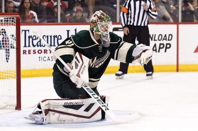 Devan Dubnyk has a new deal with the Minnesota Wild. (USATSI)