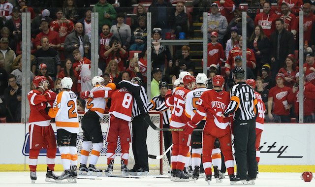 Philadelphia Flyers putting pressure on Detroit Red Wings