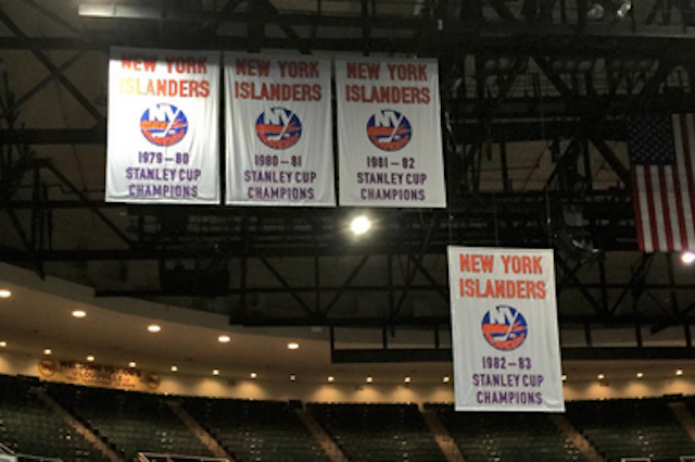LOOK: Islanders banners are coming down from Nassau ...