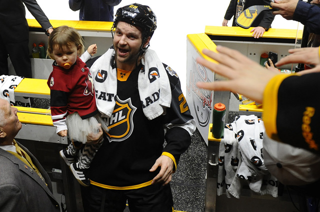 John Scott is going to have his hands full with the recent births of twin girls. (USATSI)