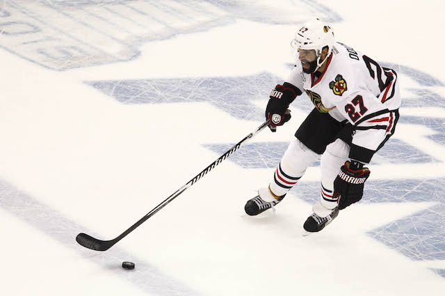 Johnny Oduya signed with the Dallas Stars on Wednesday. (USATSI)