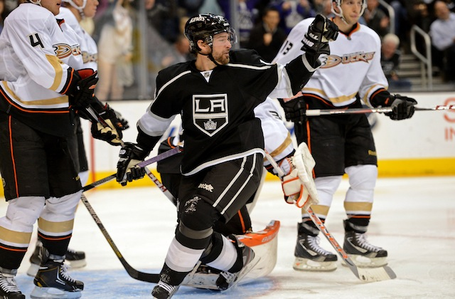 Justin Williams isn't a superstar, but he's a huge part of the Los Angeles Kings' success. (USATSI)
