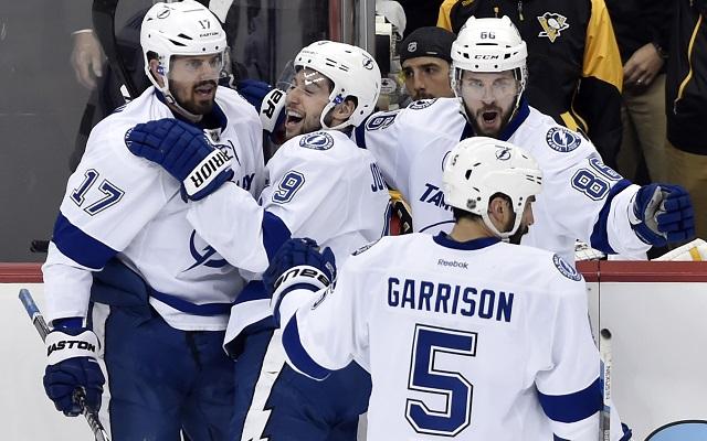 NHL Playoffs Takeaways: Lightning lose Bishop, beat Penguins in Game 1 - CBSSports.com