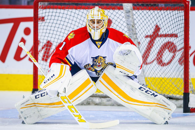 Nhl Award Watch Panthers Roberto Luongo Is Nhl S First Half Mvp