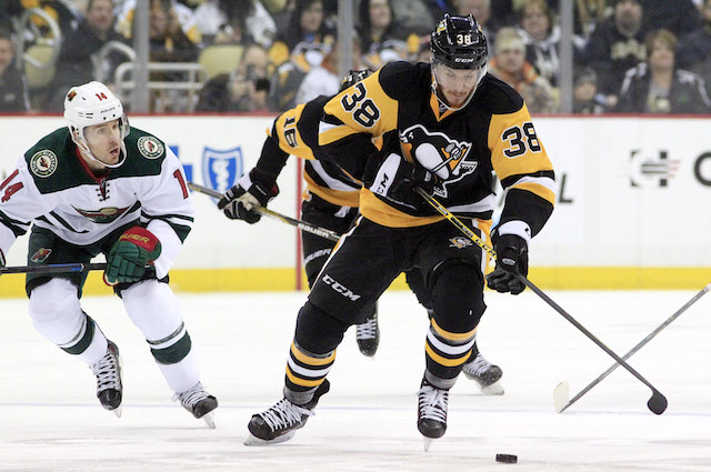 Zach Sill finally scored a goal for the Pittsburgh Penguins after 51 games in the NHL. (USATSI)