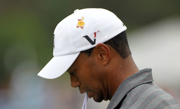 What is that yellow duck pin that Tiger Woods has on his hat ... 921e6db103c