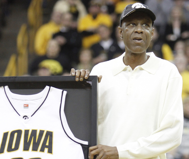 Iowa Hawkeyes hoops great Roy Marble dead from cancer at ...