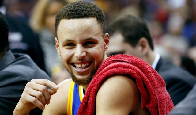 Stephen Curry is having lots of fun.  (USATSI)