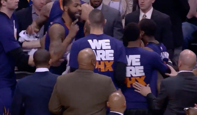 Markieff Morris, Archie Goodwin Have Shoving Match On Bench