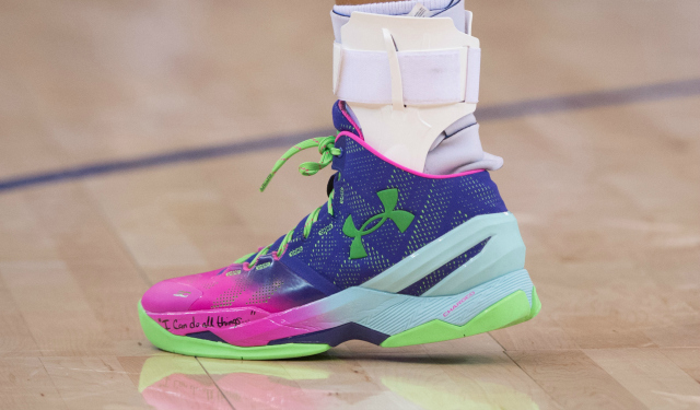 Steph Curry's shoe is selling like crazy. (USATSI)