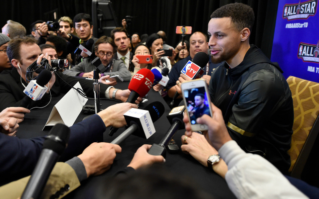 Steph Curry wins yet another award, this time not for his basketball skills