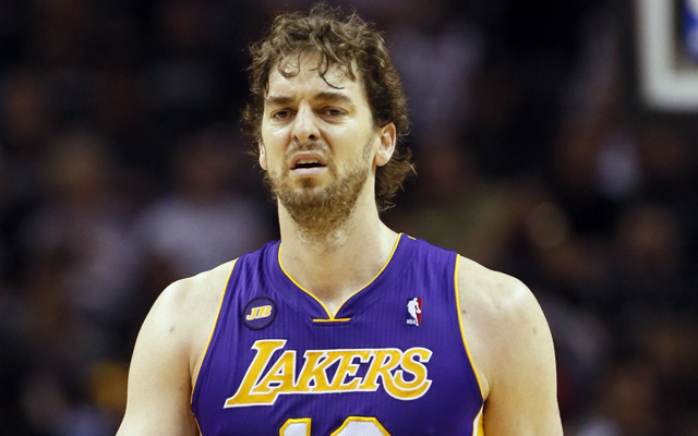 Gasol would need to take a big decrease in pay to stay with the Lakers. (USATSI)