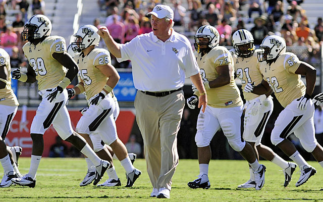 George O'Leary's contract is expected to average $2-plus million annually. (USATSI)