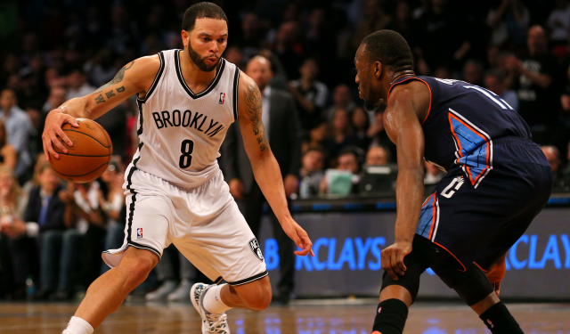 Report: Deron Williams frustrated, but hasn't requested trade