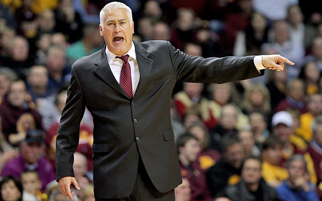 Wayne Tinkle replaces Craig Robinson at Oregon State. (USATSI)