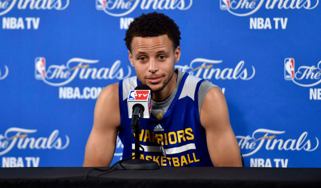 Stephen Curry wants to bring a title to the Bay Area ... and Akron.  (USATSI)