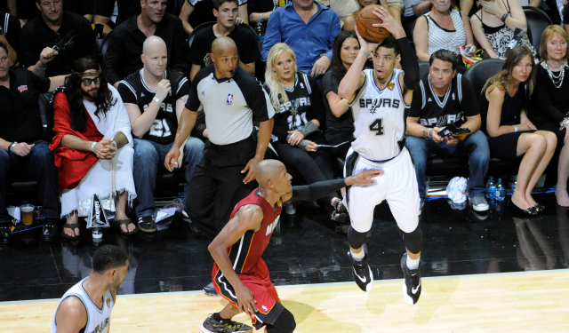 Danny Green makes one of his fourth-quarter bombs.