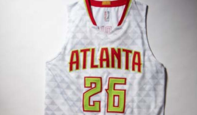 klassikko säästää kuumia uusia tuotteita LOOK: Here are the Hawks' new, crazy, neon jerseys ...