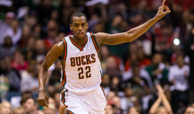 Khris Middleton is reportedly staying in Milwaukee.  (USATSI)