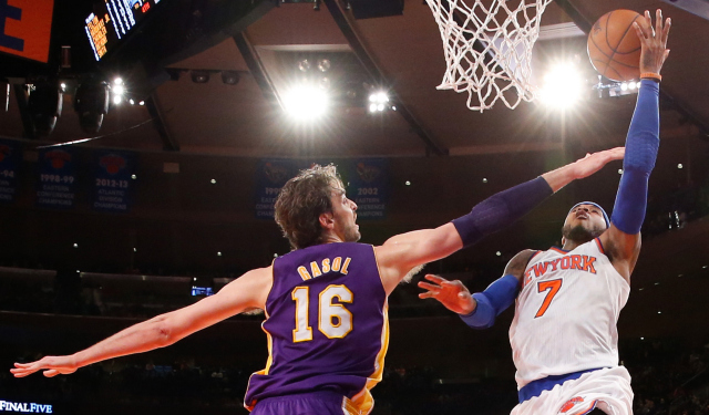 Carmelo Anthony reportedly wants to have a chat with Pau Gasol.