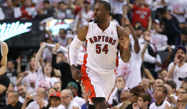 Patrick Patterson is reportedly remaining a Raptor.