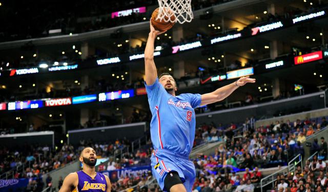 Hedo Turkoglu can still dunk.  (USATSI)
