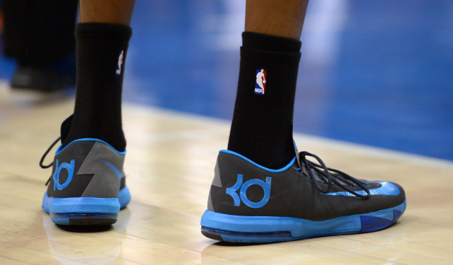 Kevin Durant is staying with Nike.  (USATSI)