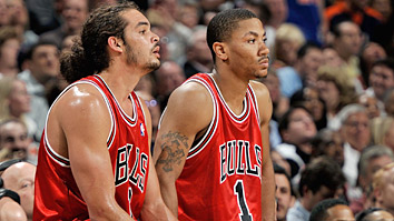 Joakim Noah and Derrick Rose (Getty Images)