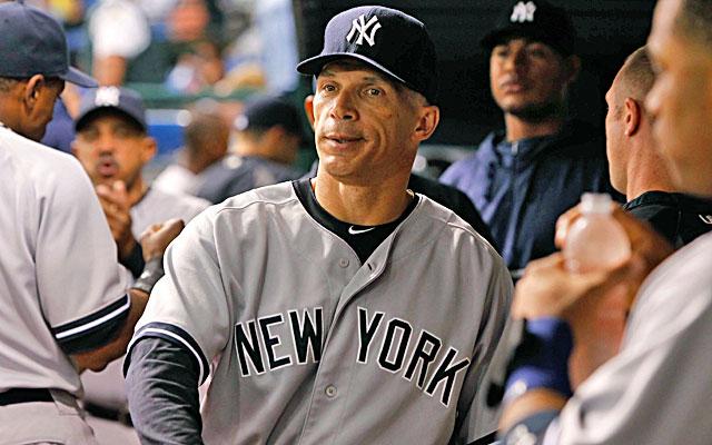People around baseball say it's very likely that Joe Girardi returns to the Yankees.  (USATSI)