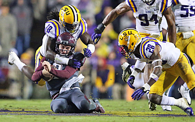 LSU's defense bottles up Johnny Manziel and, quite possibly, his Heisman chances. (USATSI)