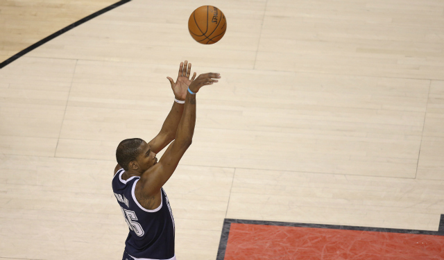 Kevin Durant on hack-a strategy: 'Work on your (expletive ...